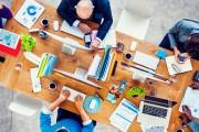 Tischlein deck dich: Wie der richtige Arbeitsplatz aussieht