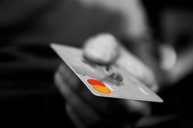 kreditkarte - Bezahlen in Onlineshops: Sicherheit als entscheidendes Kriterium