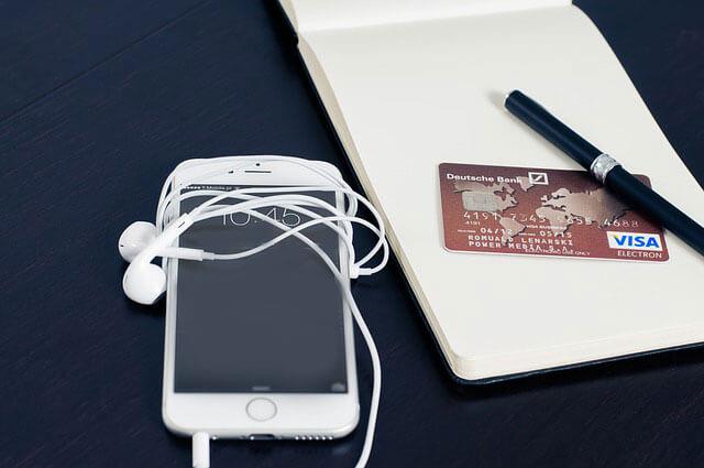 kreditaufnahmetablets und smartphones - Kreditaufnahme über Tablets und Smartphones - Ein neuer Trend