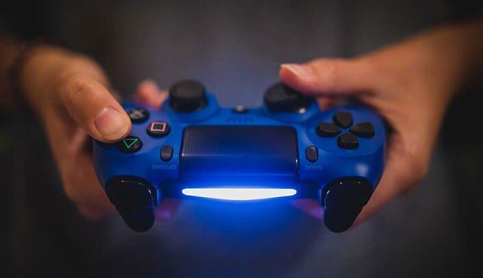 playstation 4 controller 705x405 - PlayStation 4 Controller am PC verbinden mit Bluetooth